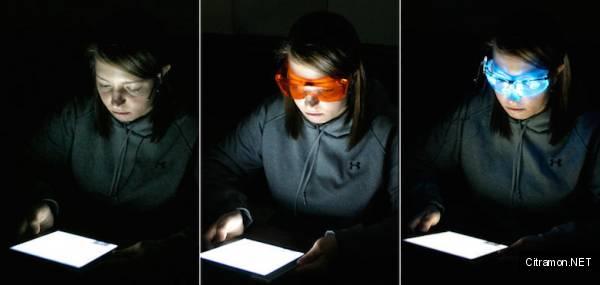 Очки могут нивелировать воздействие лучей синего спектра