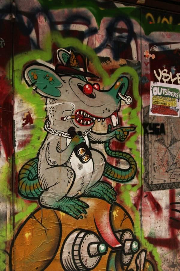 Граффити с мышой