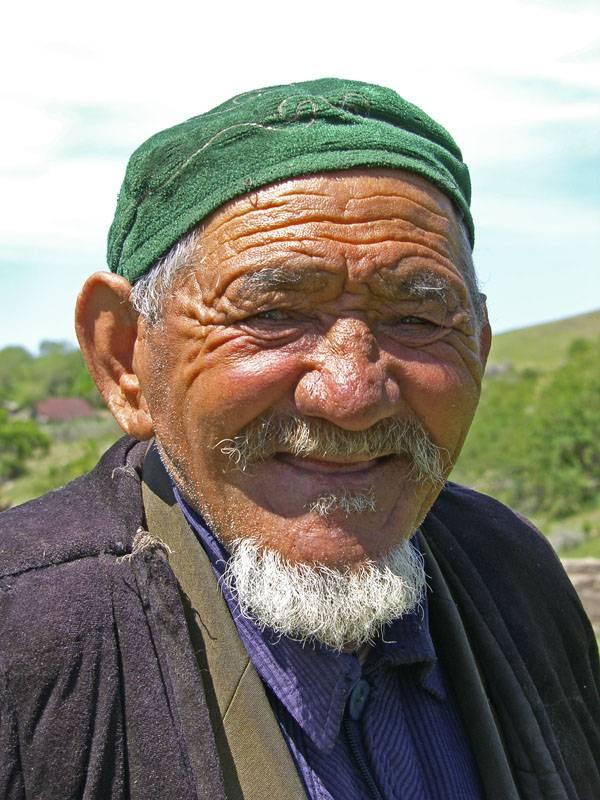 Старый узбек