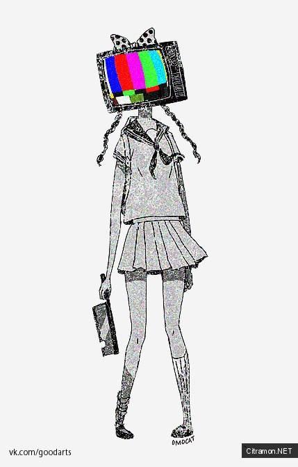 У пионерки с тесаком в руках не голова, а телевизор!
