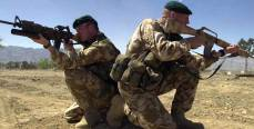 Почему пиндосы боятся русских солдат?